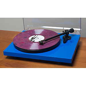 Pro-Ject Debut Carbon (DC) Turntable-Audio Advisor