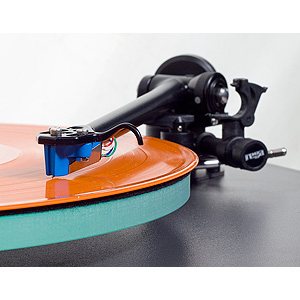 Rega - RB303 - Tonearm - 3 Point Mount - 1 Piece Casting