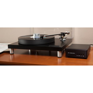 Bryston BLP 1  Turntable With BTP1 Power Supply
