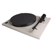 Rega RP1 Turntable w/ Rega Carbon Cartridge - Demo