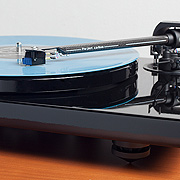Pro-Ject Xpression Carbon Turntable - Demo